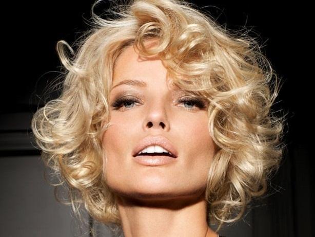 Как самим сделать укладку коротких волос? фото