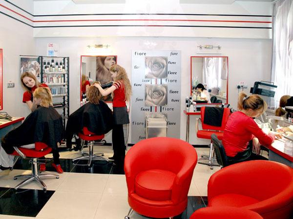 Как открыть парикмахерскую без денег? фото