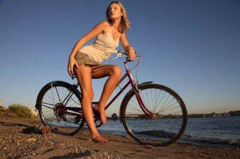 Как выбрать горный велосипед девушке? фото