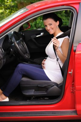 PREGNANT WOMEN AND SEAT BELT