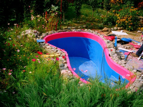 Как построить бассейн своими руками? фото