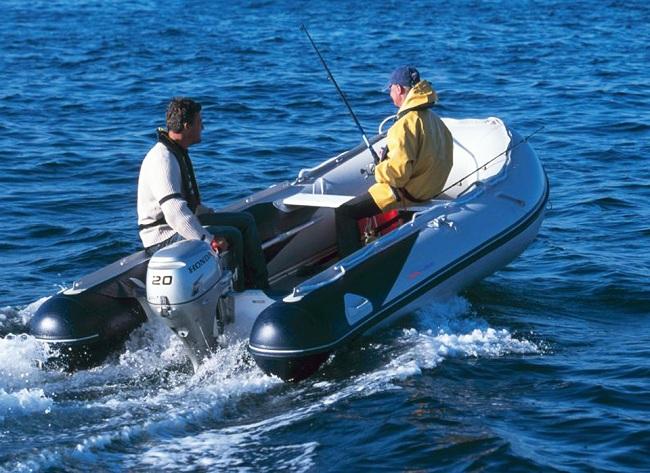 Как выбрать надувную лодку для рыбалки? фото