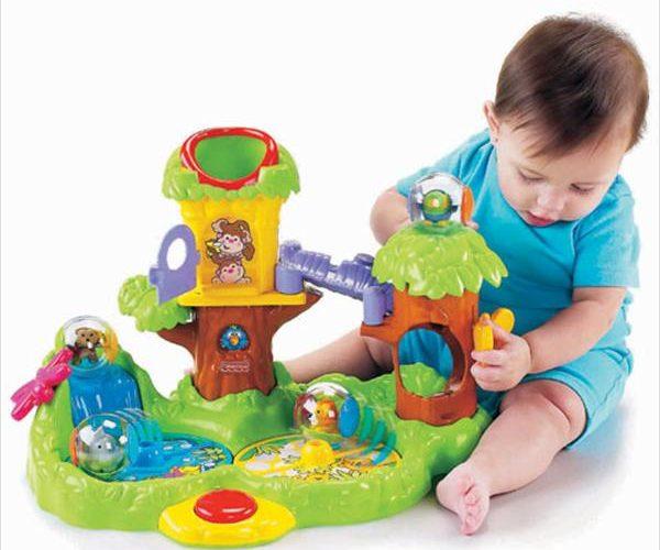 Какие игрушки купить ребенку в год? фото