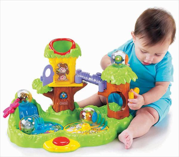 Какие игрушки купить ребенку в год? - фото