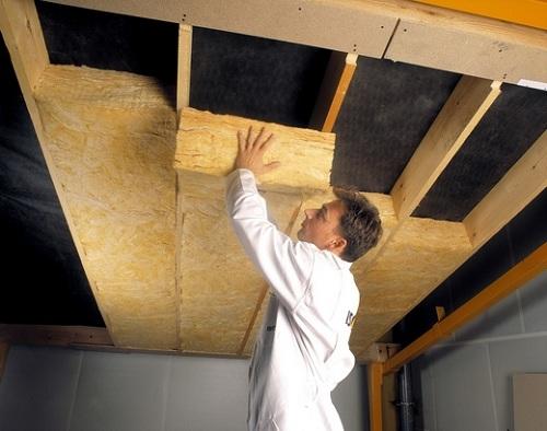 Как утеплить дом из бруса изнутри? фото