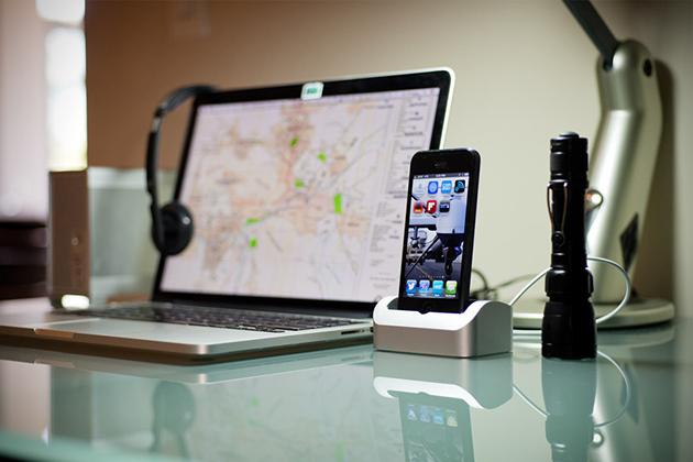 Как iPhone 5s подключить к компьютеру? фото
