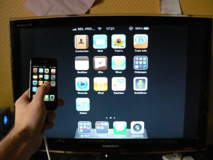 Как iPhone 5 подключить к телевизору? фото
