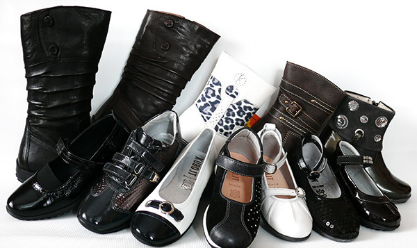 Как выбрать обувь для школьника? - фото