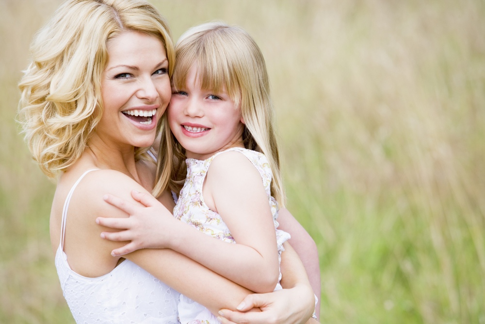 Как правильно воспитывать девочку? фото
