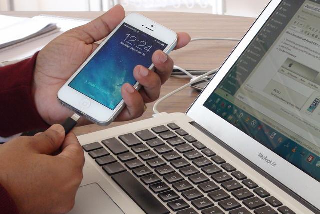 Как iPhone 5 подключить к компьютеру? фото