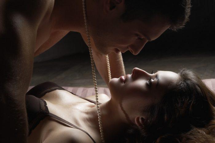 seks-seychas-porno-zhestko