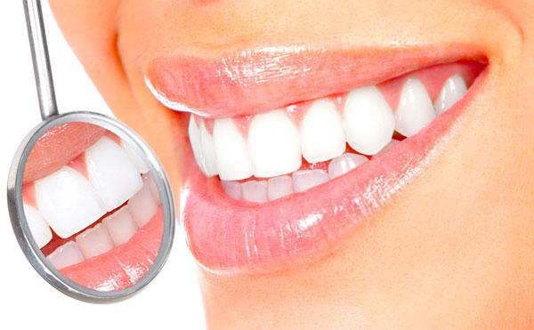 Какие бывают способы отбеливания зубов? фото