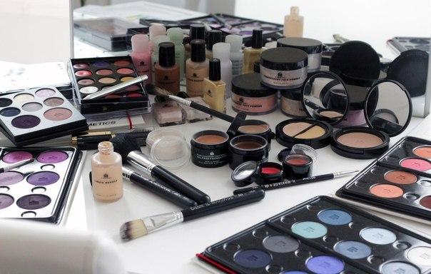 Набор косметики для визажистов   что в него входит? фото