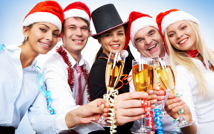 Как подобрать подарки сотрудникам на Новый год 2016? фото