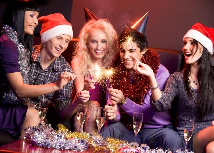 Как отпраздновать Новый год 2016 дешево? фото
