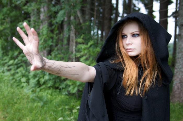 Как стать хорошей ведьмой? фото