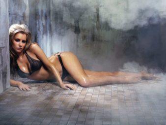 top-image-women-tiffany-mulheron-uhq-sexy-1020464