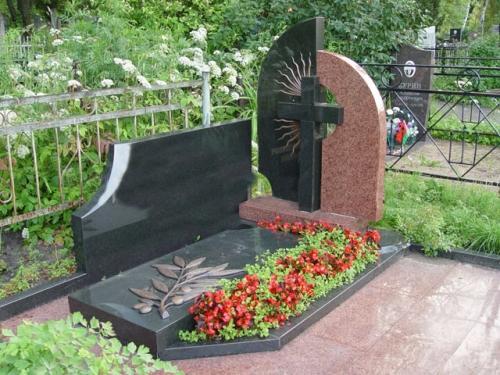 Как благоустроить могилу на кладбище? фото