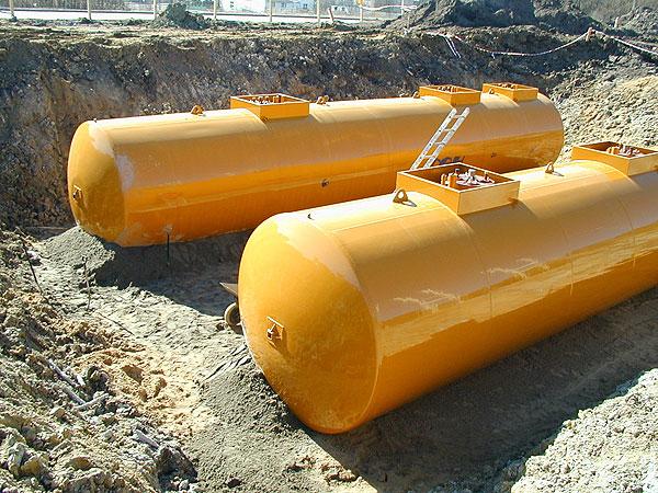 Как выбрать резервуары для хранения нефтепродуктов? фото