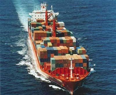В чем преимущества морских контейнерных перевозок? фото