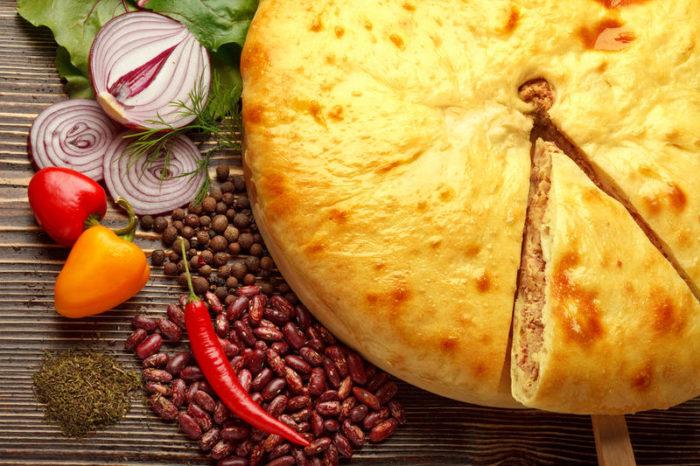 Как приготовить осетинский пирог с мясом? фото
