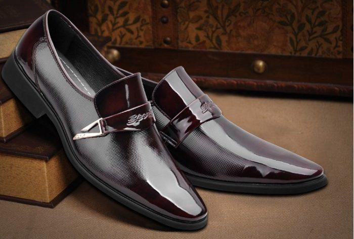 К чему снится черная обувь? - фото