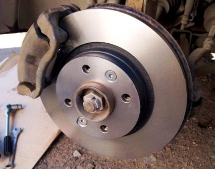 Как заменить задние тормозные диски Renault Fluence? фото