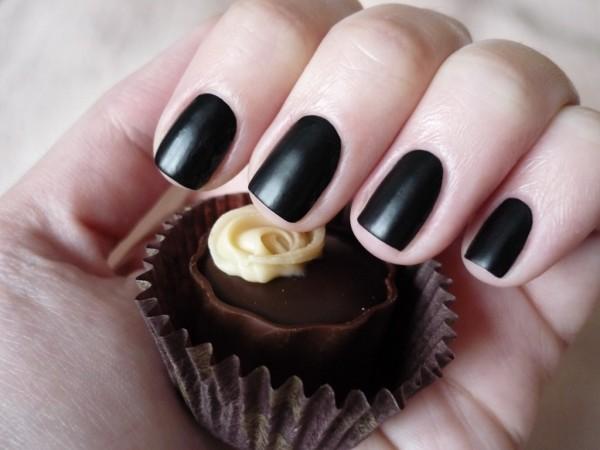 К чему снятся черные ногти? фото