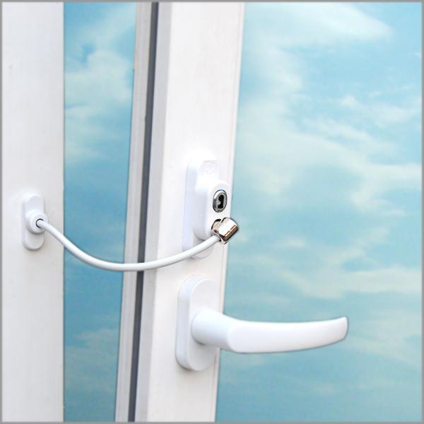 Как защитить окна от детей? фото