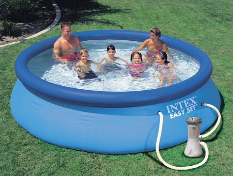 Как выбрать надувной бассейн для дачи? фото