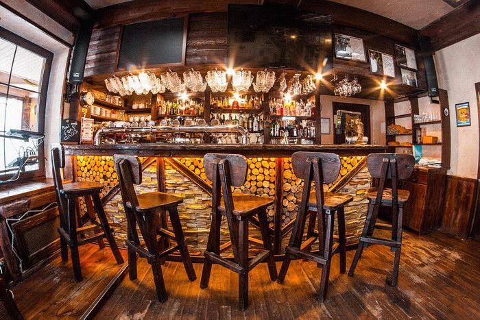Как выбрать мебель для ресторана, бара и кафе? фото