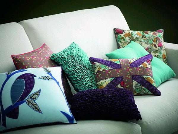 Как сделать декоративную подушку своими руками? - фото