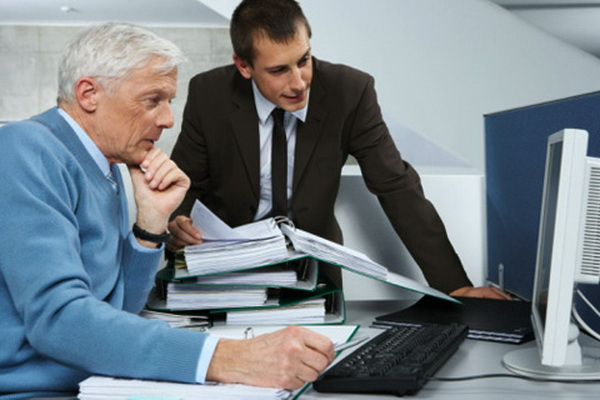 Как найти работу в 60 лет? фото