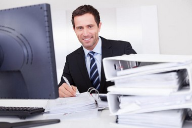 Как найти работу мужчине в 40 лет? - фото