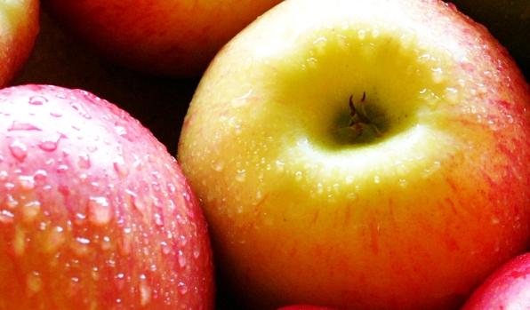 К чему снятся крупные яблоки? фото