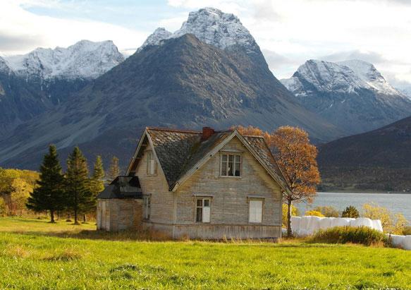 К чему снится старый жилой дом? фото