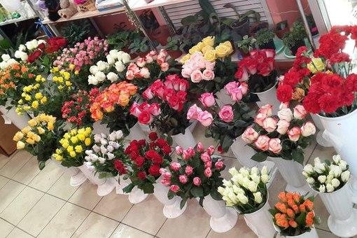 Лучший выбор цветов на любой вкус в BUKETSHOP фото