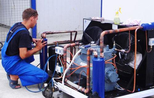 Промышленное холодильное оборудование: когда нужен ремонт? фото