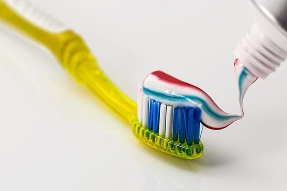 Как отличить подделку зубной пасты? фото