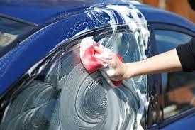 Как ухаживать за автомобильным стеклом? фото