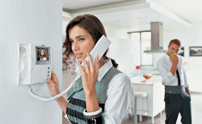 Как выбрать домофон для частного дома? фото
