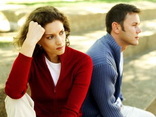 Почему бывший муж ведет себя всегда по разному? фото