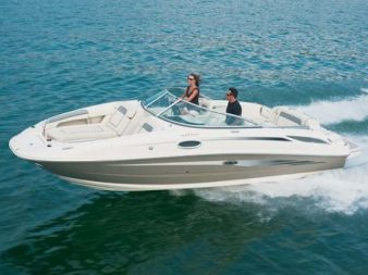 SeaRay240Sundeck-0