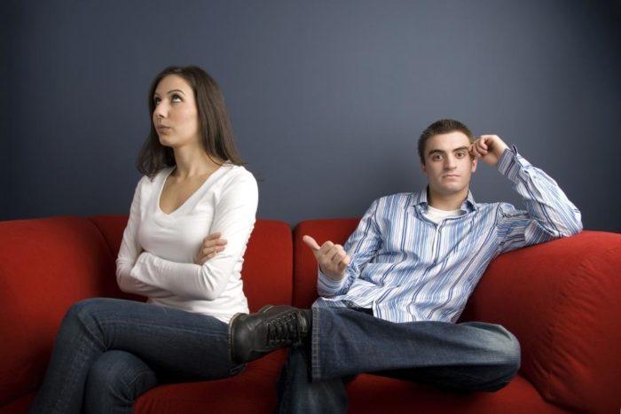 Почему муж хамит? - фото