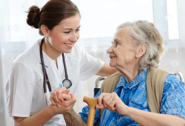 В чем преимущества частных домов престарелых? фото