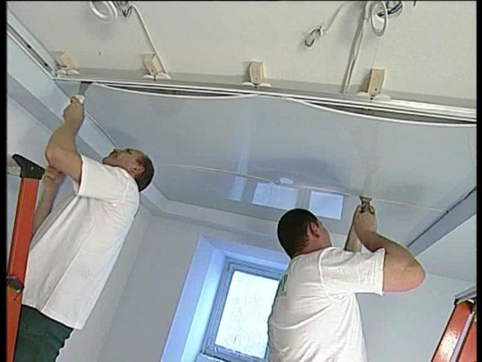 Как сделать натяжной потолок своими руками? фото