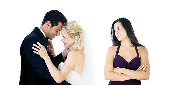 Почему бывший муж быстро женился? - фото