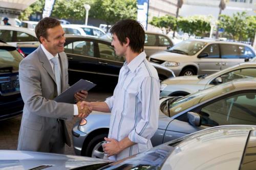 В чем заключается разница между такси и арендой авто? фото