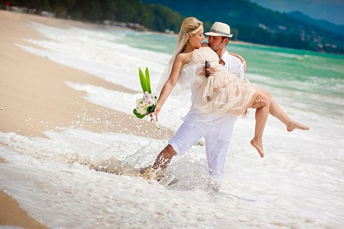 В какое время года лучше выходить замуж? фото