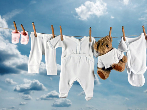 Как ухаживать за детской одеждой? фото